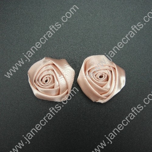 24pcs 30mm Ribbon Flower Bud Lt.Peach