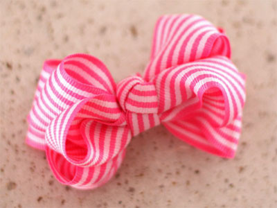 Step By Step:  How To Make a Stripe Hair Bow